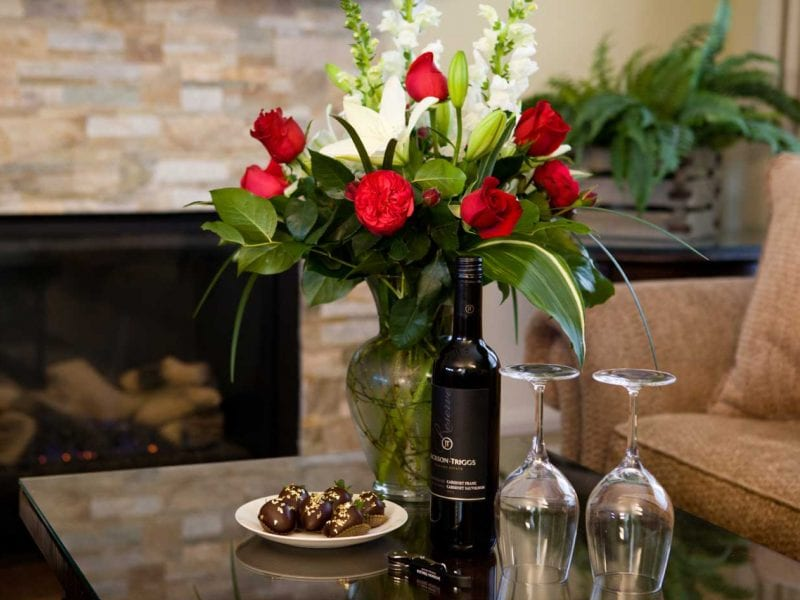 chocolate-roses-wine