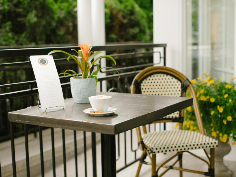 gate-house-table-and-coffee