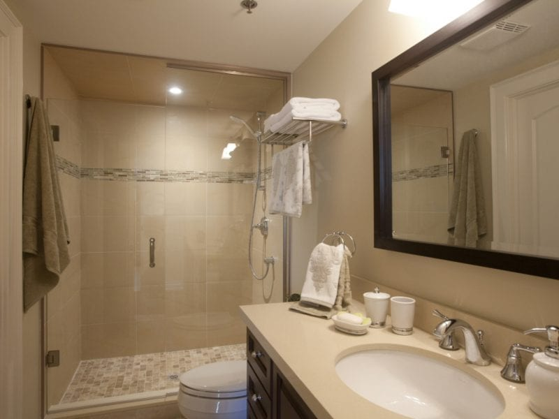 premium-room-bathroom-2