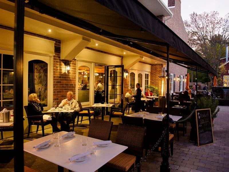 treadwell-cuisine-patio